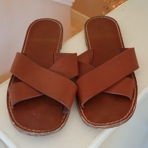 GAP Pool Spa Beach Sandals Brown Leather 9